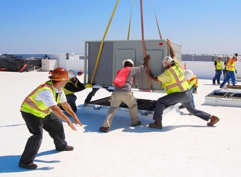 Loading Chiller at the Roof Top by ACR Chiller Rental